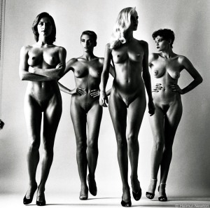 helmut-newton-sumo-naked-vogue-1980